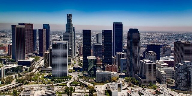 los angeles skyline. largest cities in us.